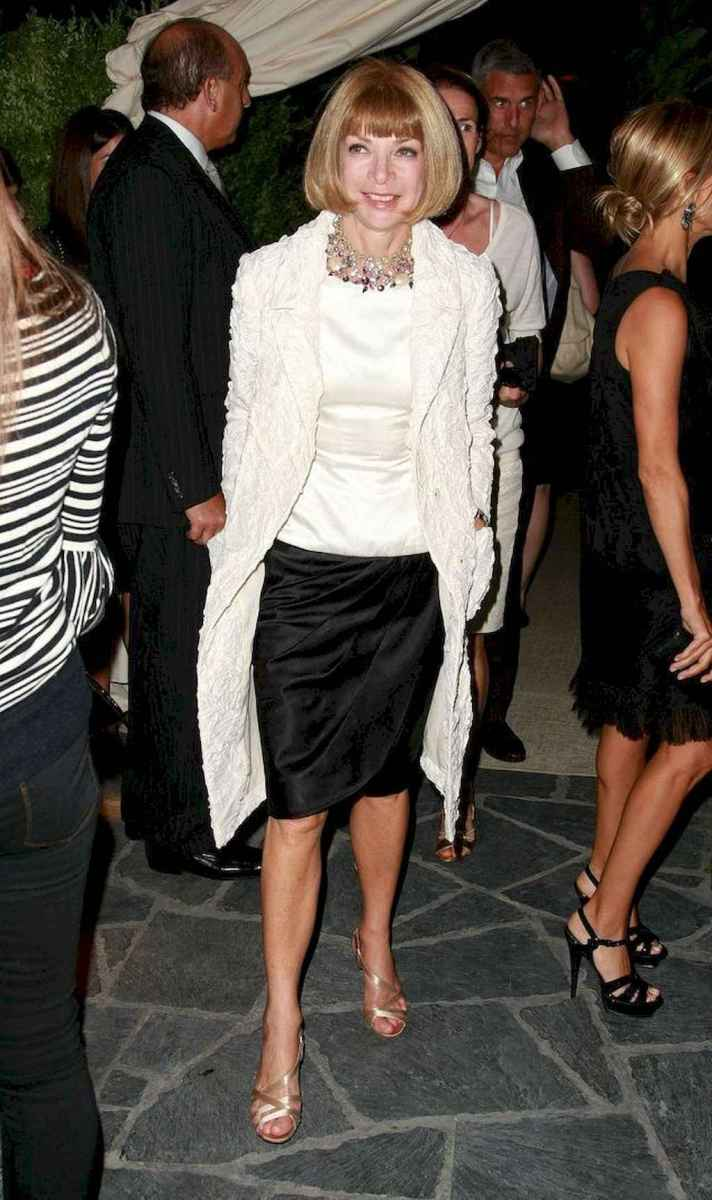 49 Best Stylish Outfits for Women over 50
