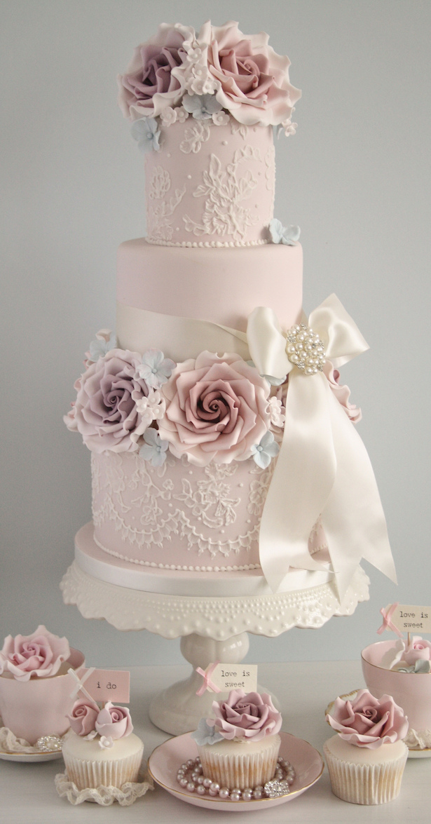 Wedding Cake Ideas  Sugar Flowers   Belle The Magazine Wedding Cake Ideas  Sugar Flowers