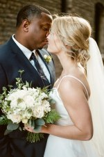 Romantic wedding photo - City Chic Wedding - Photography: Rochelle Louise