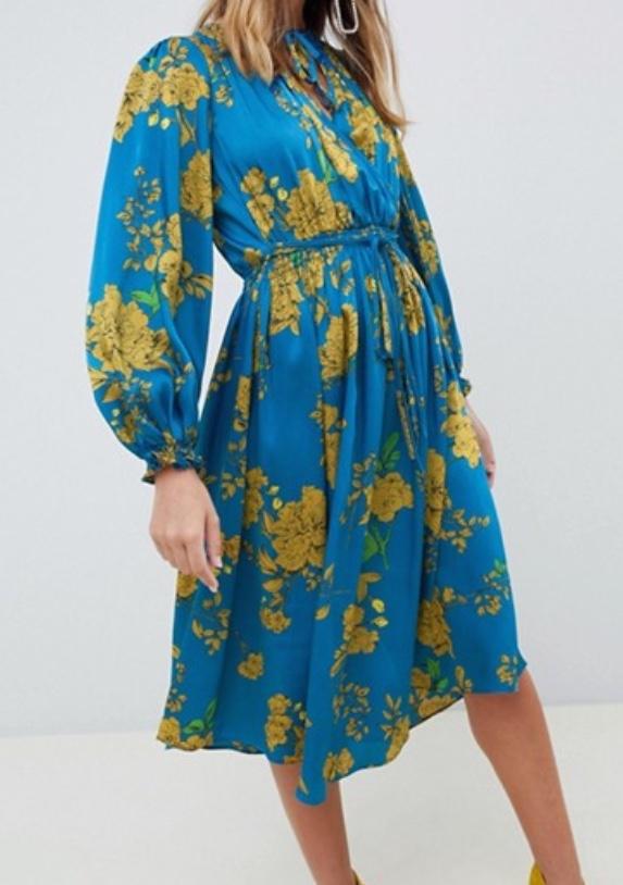 Fall trend, bold dresses