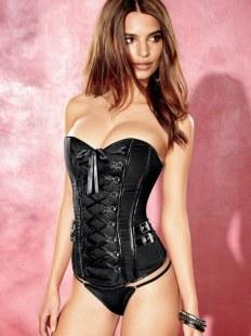 emily-ratajkowski-frederick-of-hollywood-lingerie-photoshoot-hot-1203497308
