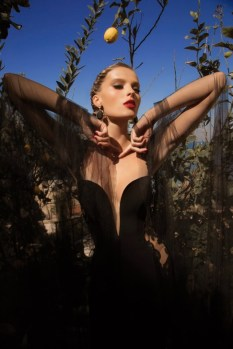 galia-lahav-MoonStruck-evening-dresses-Venus-Z-640x960