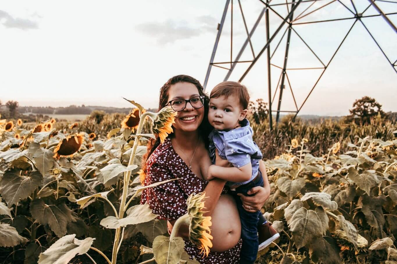Hellem and Jude in sunflower field