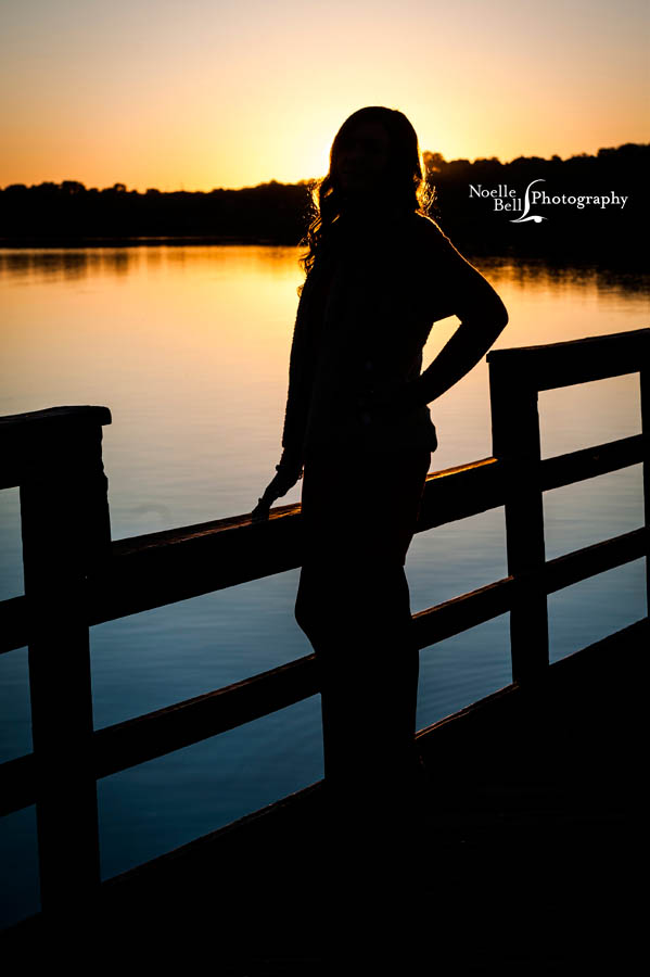 Dani Crowder Senior Pictures Maryville High School Noelle Bell Photography Water Sunset Senior_0273.1b