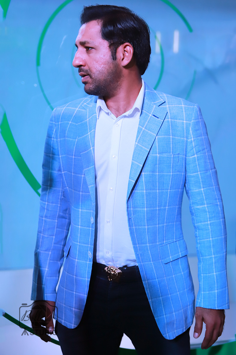 Sarfaraz Ahmed at OPPO F5 Launch