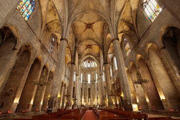 640px-barcelona_esglesia_de_santa_maria_del_mar-pm_15932