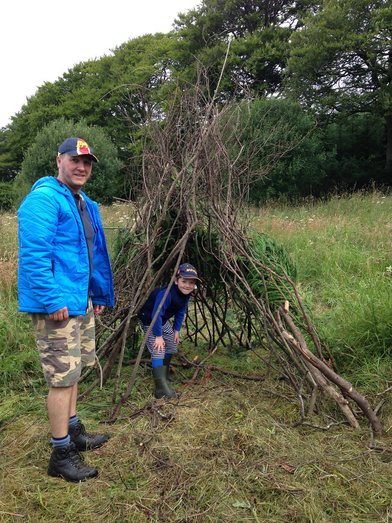 fun family camping activity - building a den