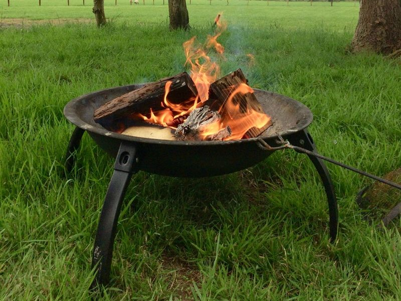 25 simple and fun family camping activities