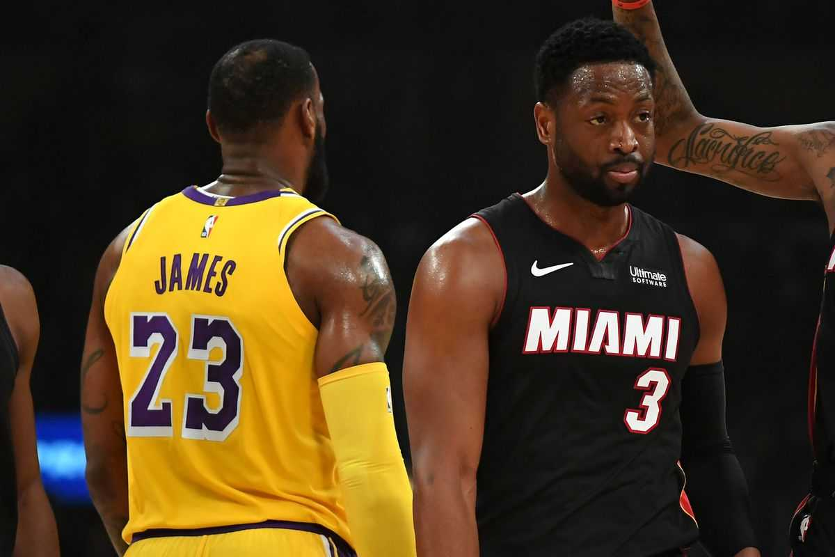 new style 12bcd a2d6e Why Dwyane Wade is Better than Lebron James