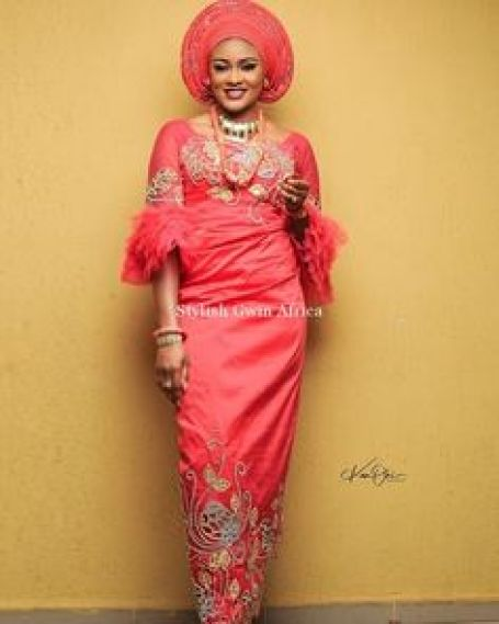 Latest Wrapper And Blouse For Traditional Marriage And Child Dedication