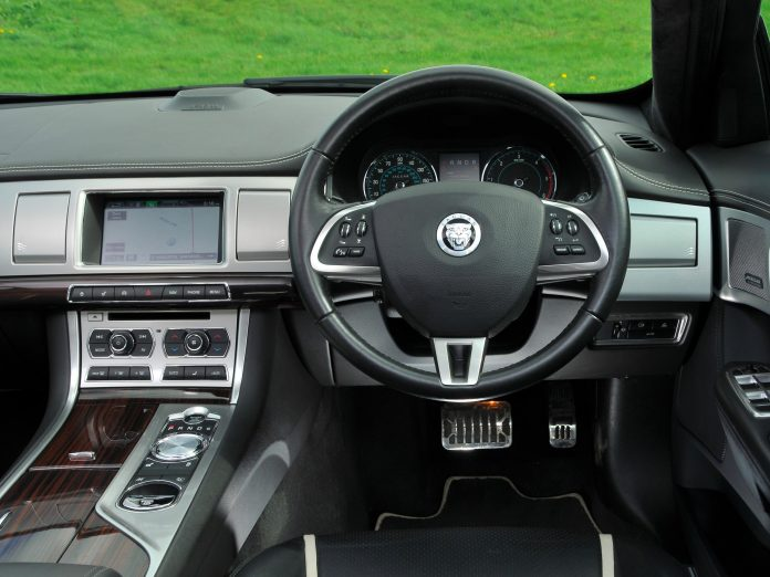 Here's The Reasons Why People Love the 2007 Jaguar XF