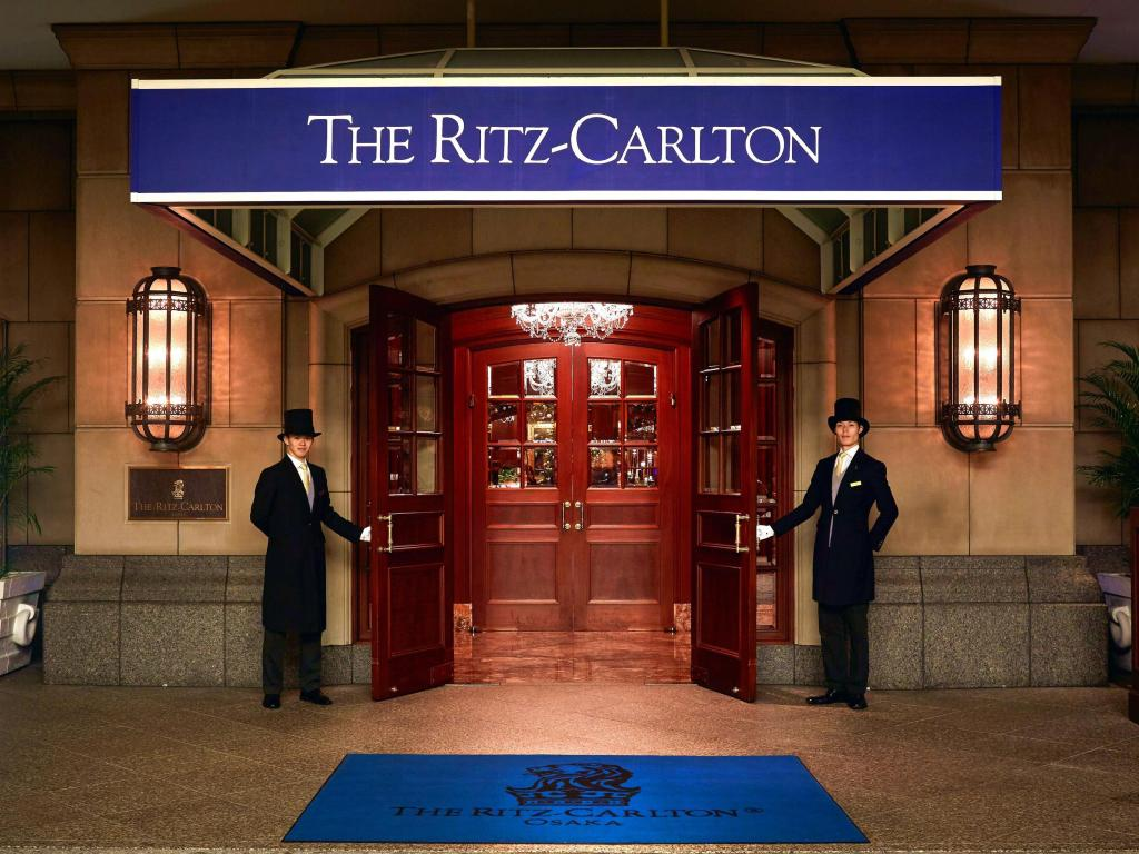 ritz-carlton hotels
