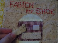 """2) """"fasten my shoe"""" with two Velcro straps to fasten"""