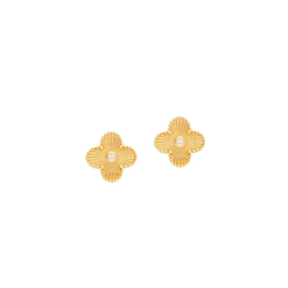Small Flower with Diamond Earrings Yellow Gold