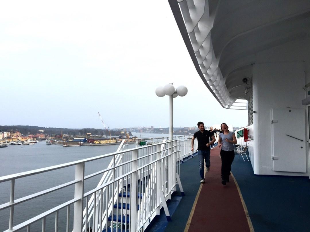 top-deck-running
