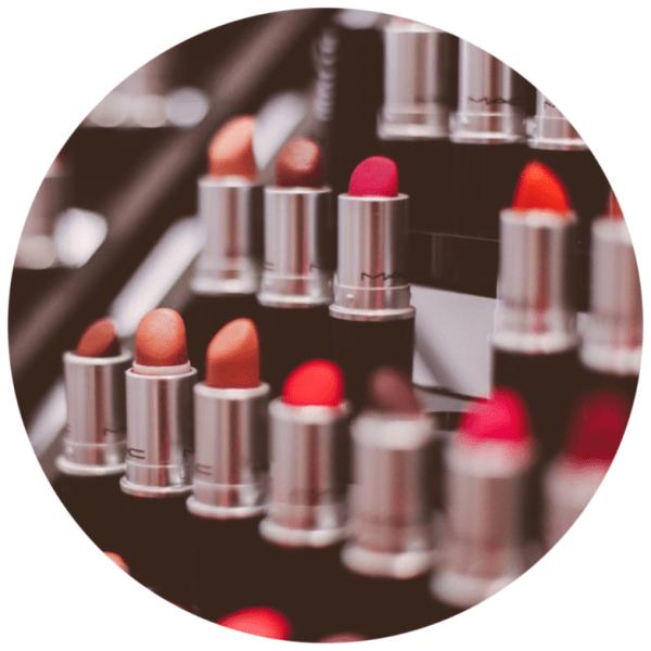 Red Lips 101 | Below Freezing Beauty