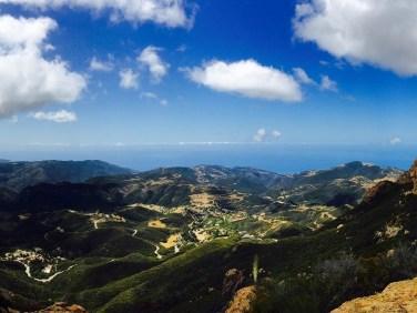 mishe-mokwa-trail-to-sandstone-peak-0