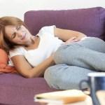 Uma pessoa com problemas gástricos deve evitar certas comidas e alguns chás