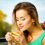 O melhor horário para tomar chá verde para emagrecer é antes das refeições