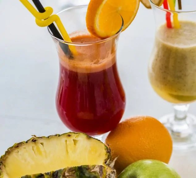Suco de abacaxi com beterraba é uma das 7 combinações saborosas para suco