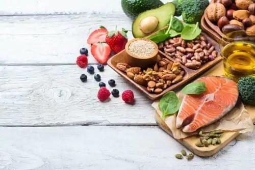 salmao-e-sardinha-sao-ricos-em-acidos-graxos-omega-tres-e-proteinas Guia alimentar para gestantes