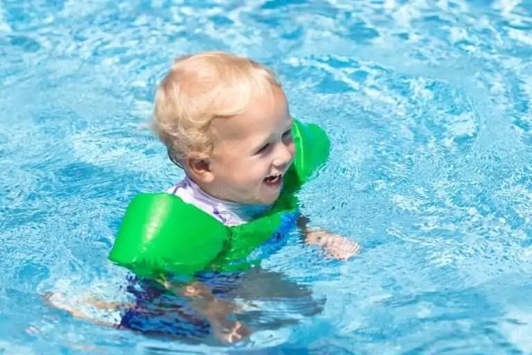 e-preciso-tomar-algumas-precaucoes-antes-de-ir-a-piscina-com-as-criancas Precauções antes de levar as crianças para a piscina