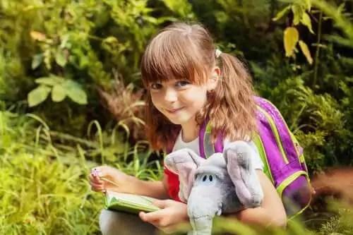objetos-transicionais Objetos e de transição: um bichinho de pelúcia que seu filho é não deixar de ir
