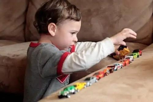 criancas-com-autismo O jogo é simbólico para crianças com autismo