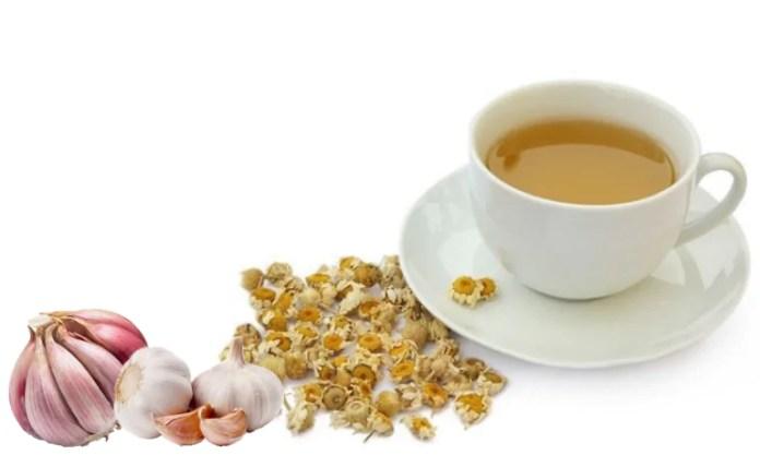 Chá de alho com camomila