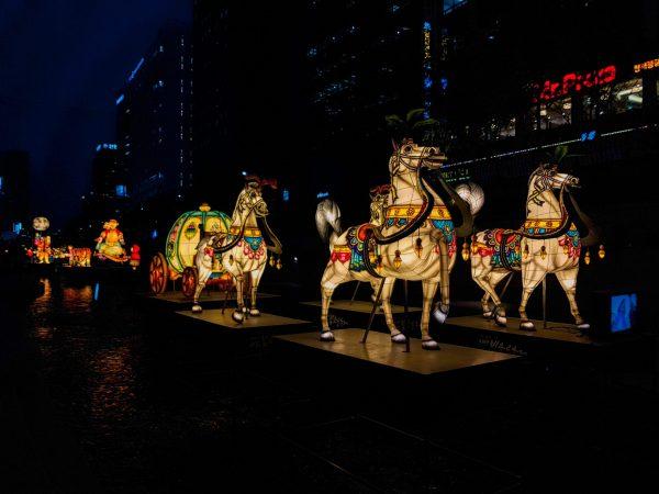 horse lanterns at seoul festival