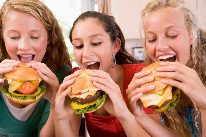 felicidade-comendo