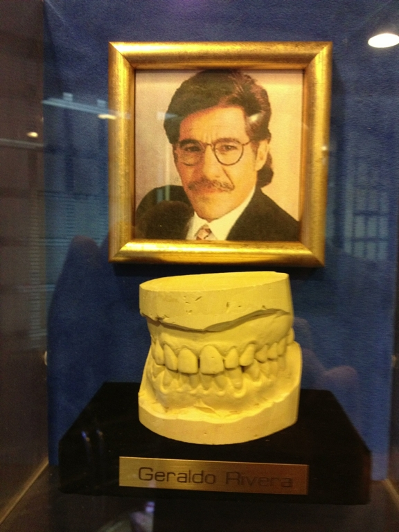 The teeth of Geraldo.