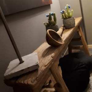 Oud doorleefde houten bank