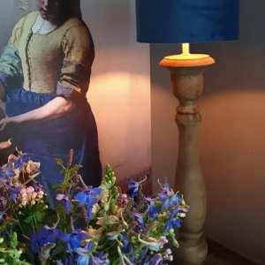 Balusterlamp bruin 70 cm hoog voor een stoer en landelijk interieur