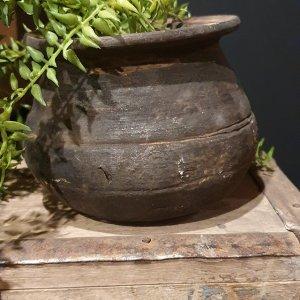 klei tuimelpotje voor in een sober en landelijk interieur | Benard's Woonaccessoires