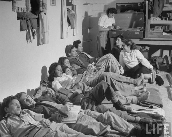 Kibbutz break. Tel Aviv, Israel. 1948. Dmitri Kessel