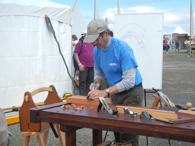 Jim Tolpin demonstrates how to flatten a board. Here he is traversing with a No. 5 jack plane.