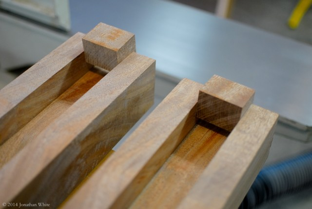 Sapele Benchtop Ends-12