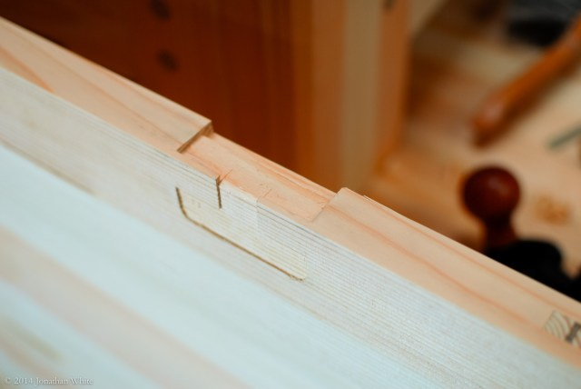 Here's the finished hinge mortise.