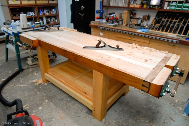 I took passes on the opposing 45 degree angle and followed that with straight shavings lengthwise down the bench.