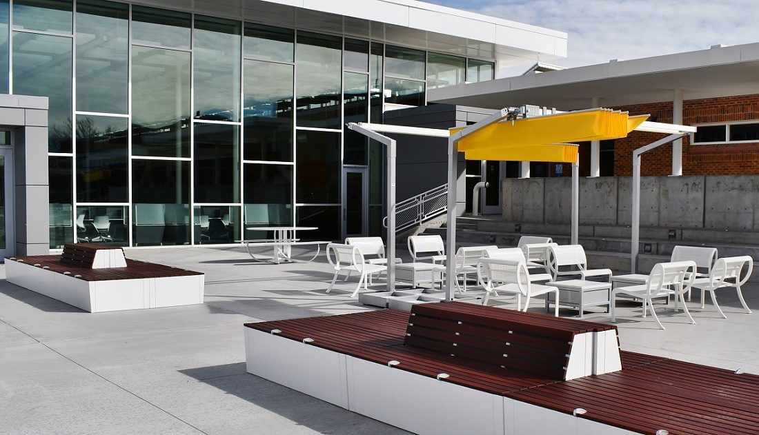 Outdoor Seating Benchmark Contract Furniture