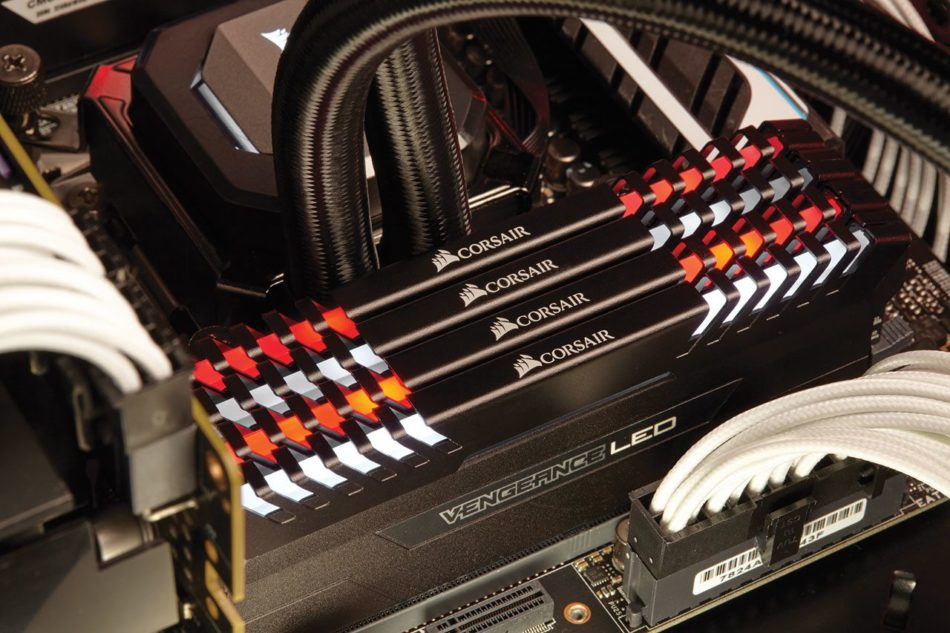 Corsair lanza la nueva serie VENGANCE Led para sus memorias DDR4