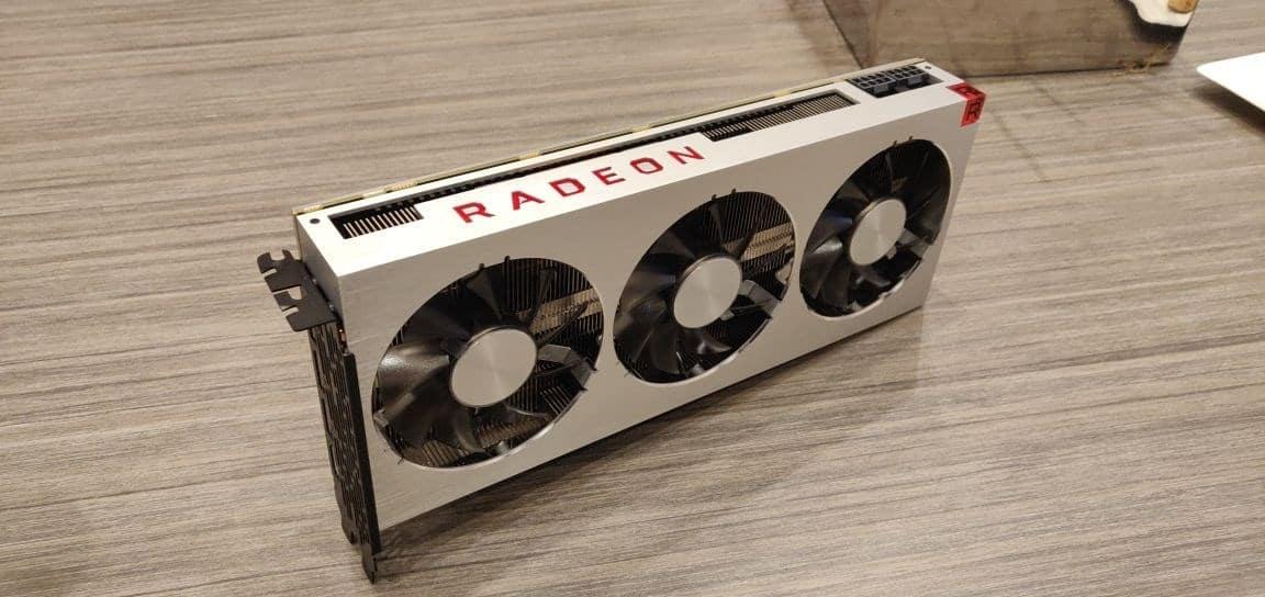 CES 2019 – AMD Radeon VII: Nuevos datos e imágenes