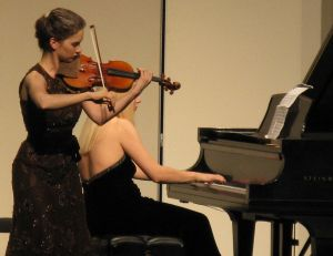 Hilary Hahn, the number one in the list of Modern Violinists