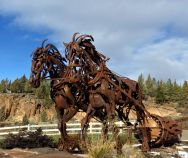 Draft horse sculpture in Bend, Oregon 4Dec2016