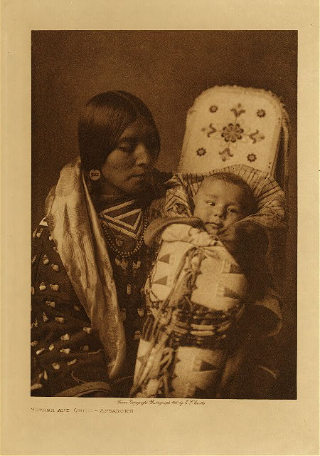 Mother and child - Apsaroka by Edward S. Curtis