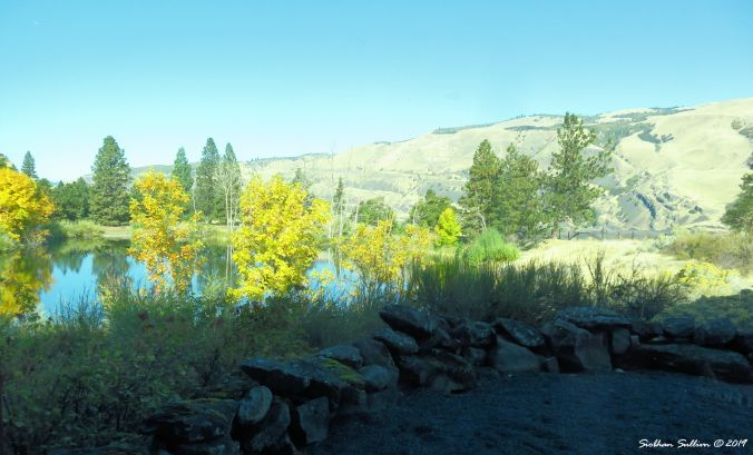 Outside the Gorge Discovery Center, The Dalles, Oregon 16October2017
