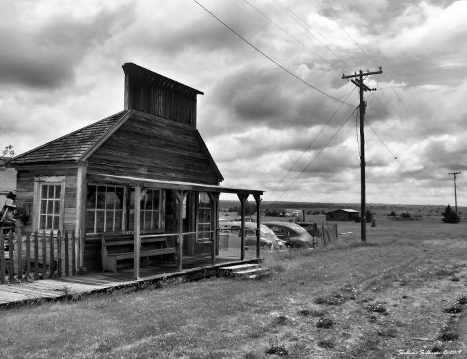 A black & white world, Shaniko, Oregon May 2018