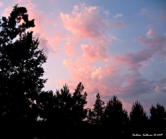 Pastel sunrise over Bend, Oregon 13July2014