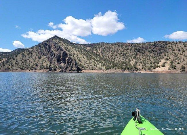 Kayaking at Prineville Reservoir